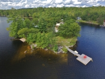 432 / (432) Weslemkoon Lake, Peninsula with 2 cottages. WIFI here!
