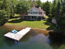 231 / (231) Bay Lake. Beautiful spacious cottage on smaller lake. Close to Bancroft with nice swimming!