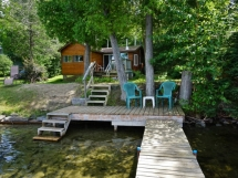 137 / (137) Wadsworth Lake. Perfect turn-key family Cottage on quiet lake, 35 minutes South of Bancroft.