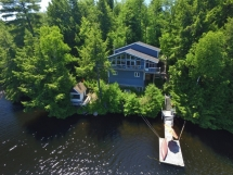 422 / (422) Eels Lake!  3 bedroom/2 bath Cottage with an amazing view! Deeper clean swimming here.