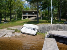 177 / (177) Weslemkoon Lake Cottage. Large lake for boating, great swimming for your next family vacation!